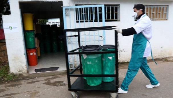 فيديو : النفايات الطبية… الخطر المدفون 2/2
