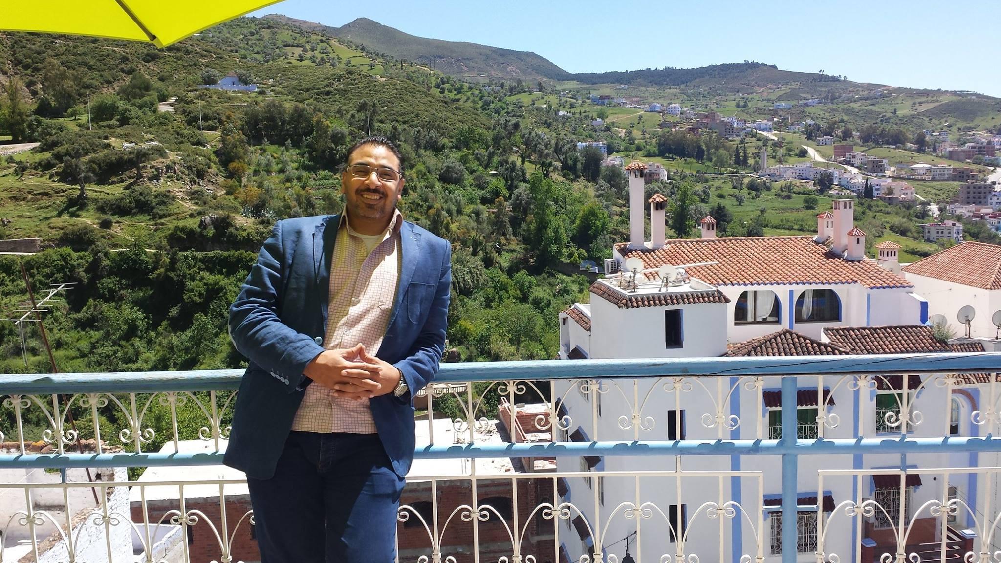 الصحفي المصري مصطفى الكيلاني : أماني الخياط ليست لها أي قيمة و غير مؤثرة في مصر
